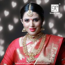 Buy-Gold-Diamonds-Pearl-Jewellery-Designs Online